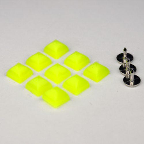 7st Studs Vierkant 7mm Fluor Geel