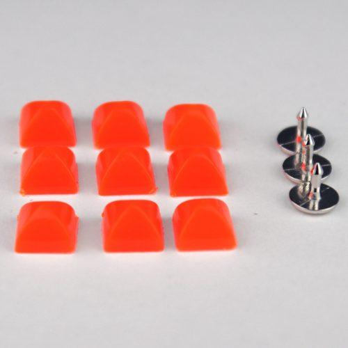 7st Studs Vierkant 7mm Fluor Oranje